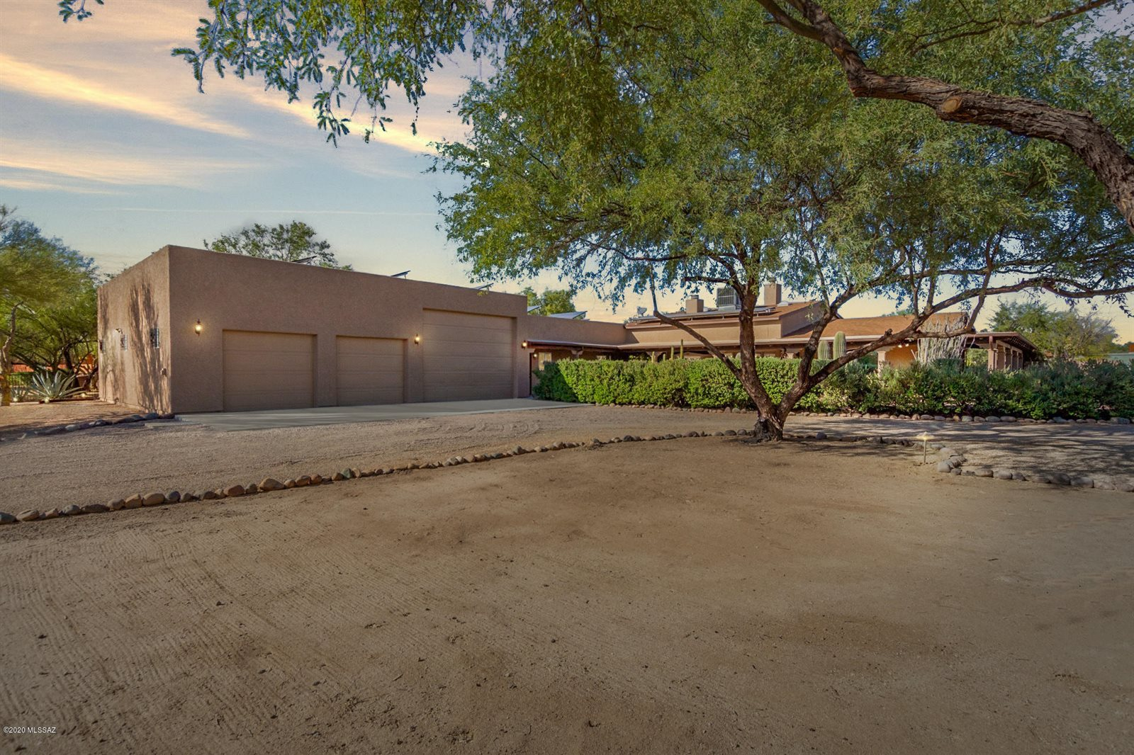 8627 North Aspen Avenue, Tucson, AZ 85704