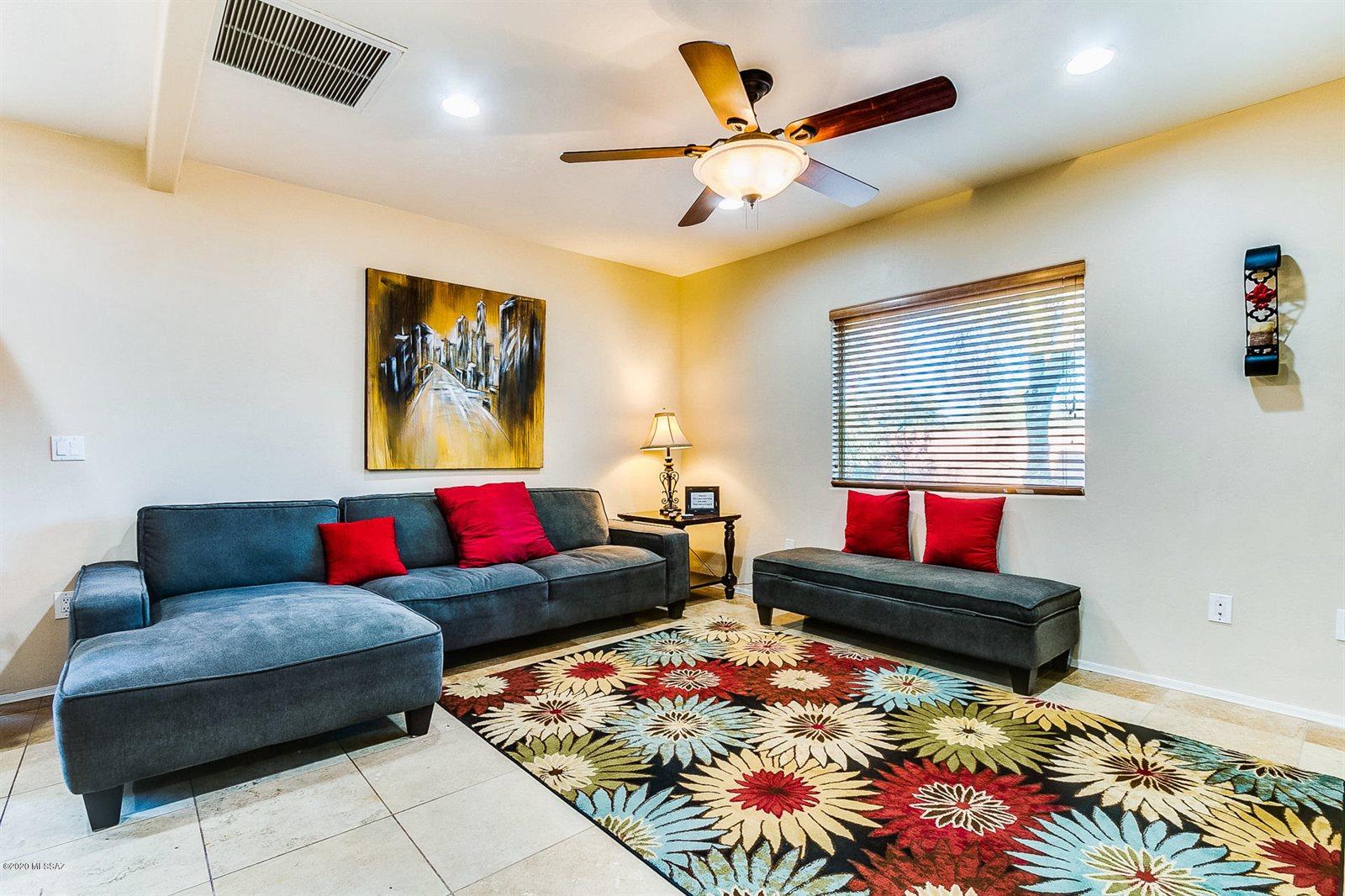 330 West Los Altos Road, Tucson, AZ 85704