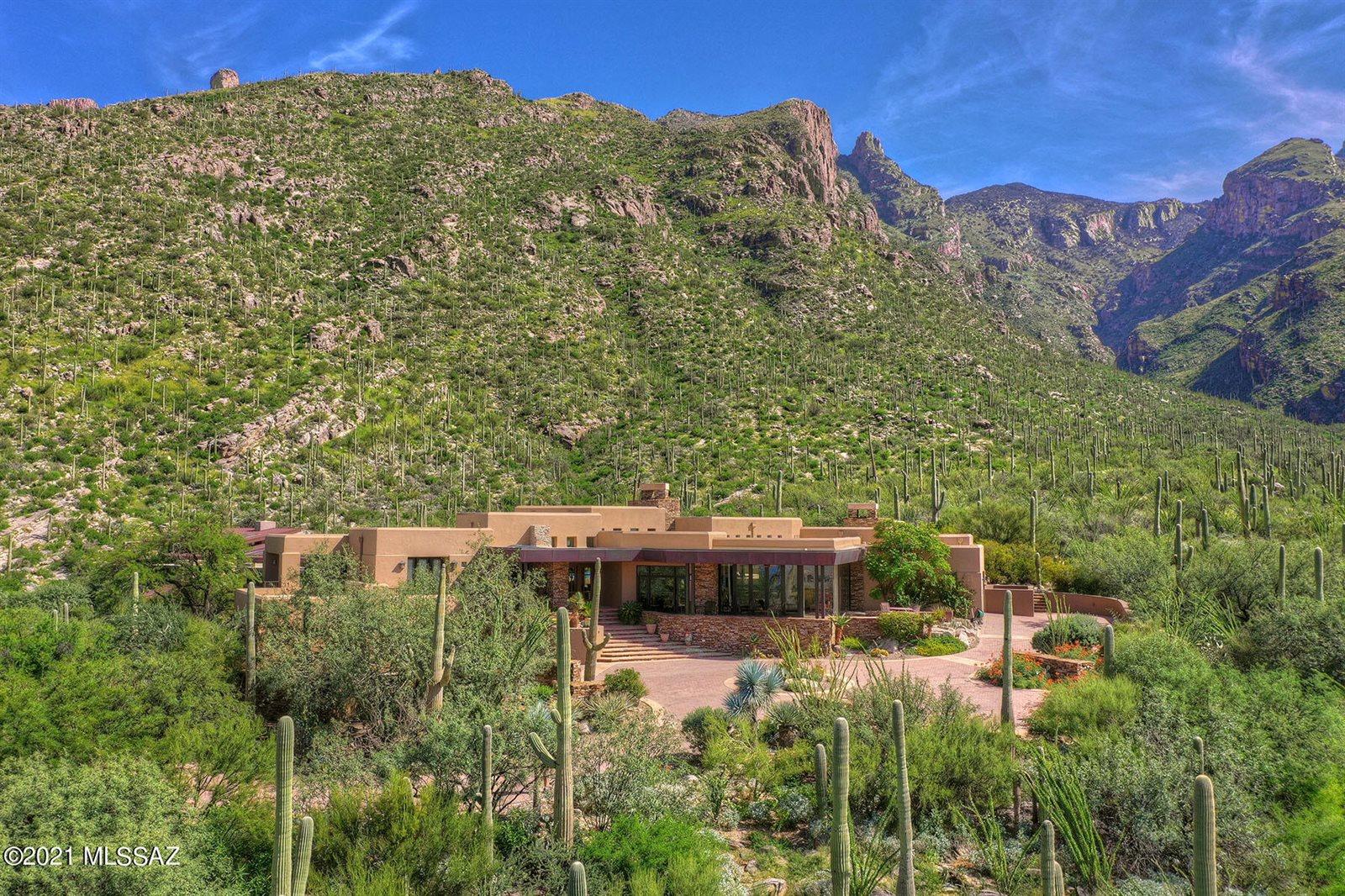 7598 North Secret Canyon Drive, Tucson, AZ 85718