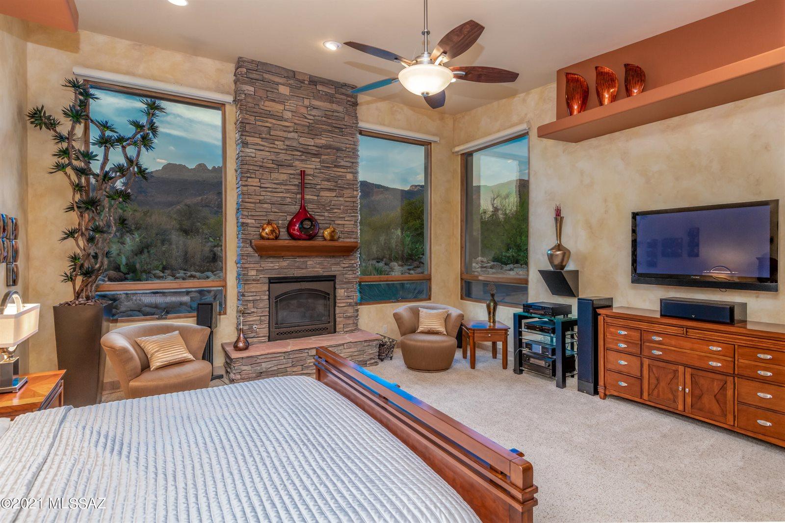 7586 North Mystic Canyon Drive, Tucson, AZ 85718