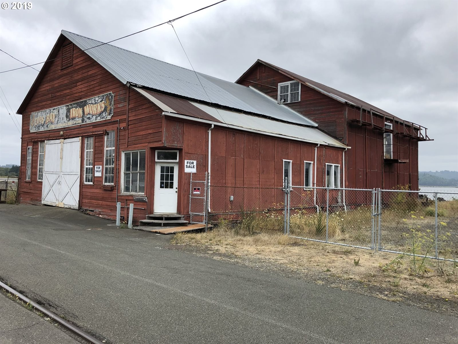 896 North Front, Coos Bay, OR 97420