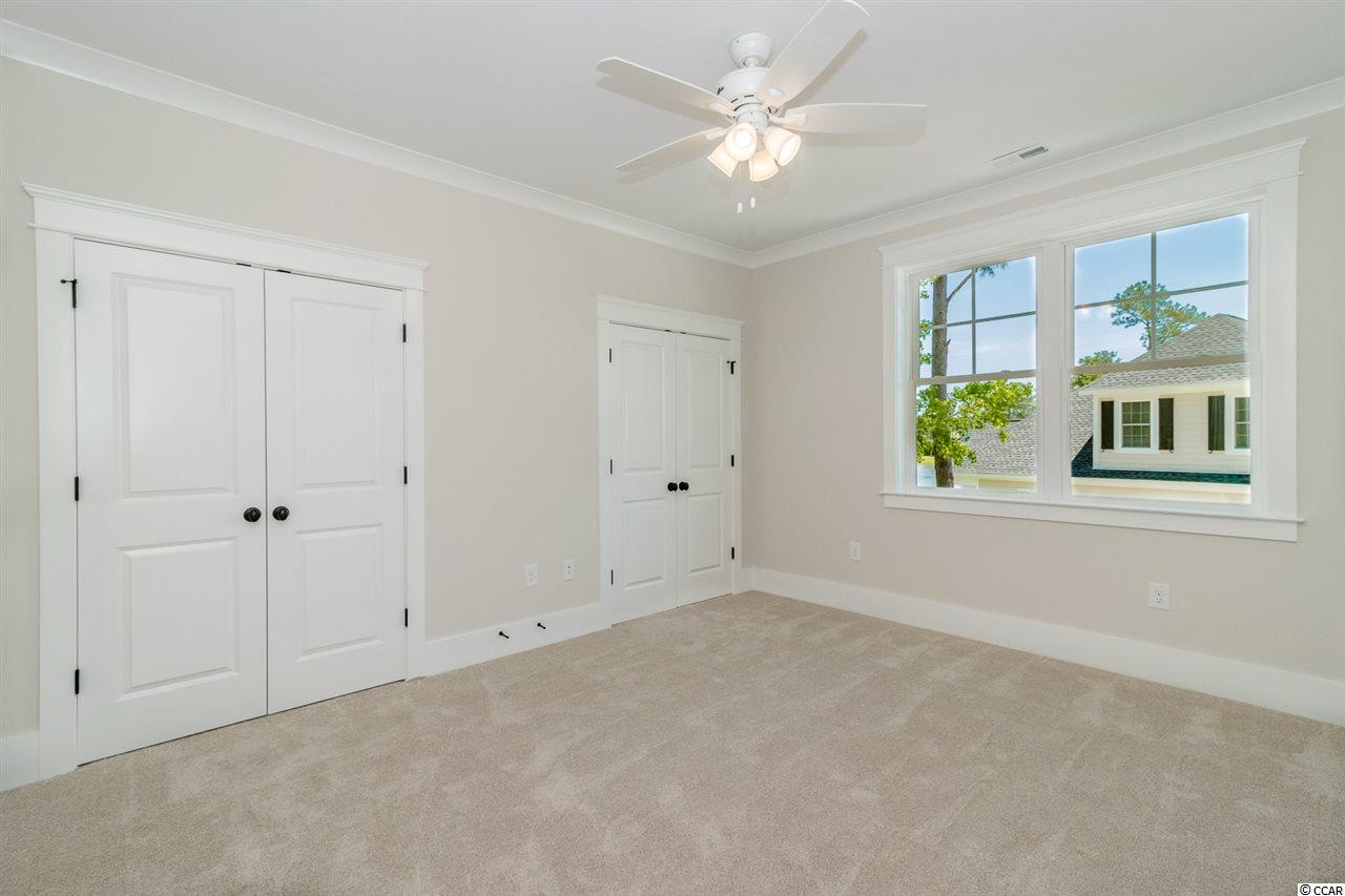 552 Woody Point Dr., Murrells Inlet, SC 29576