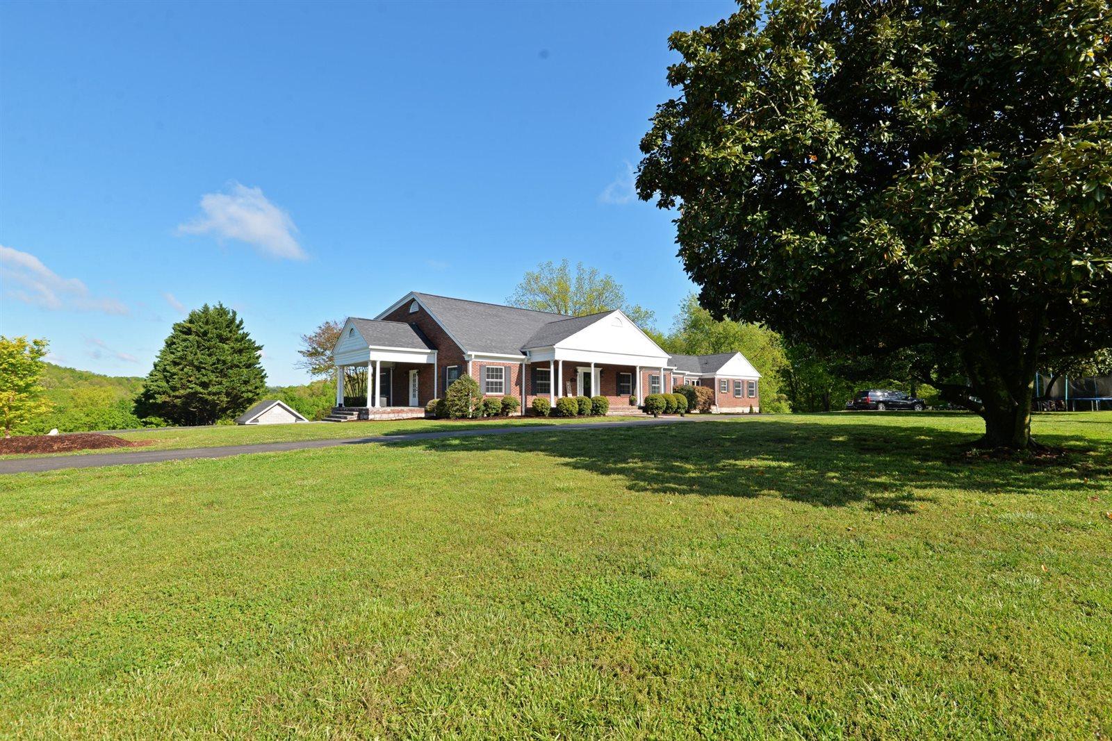 254 Old County Rd, Ringgold, GA 30736