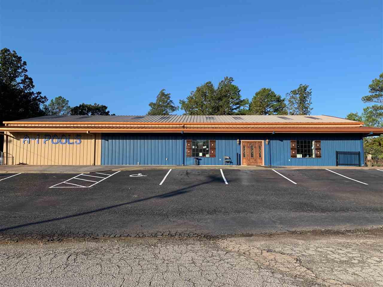 701 US Hwy 45 North, Henderson, TN 38340