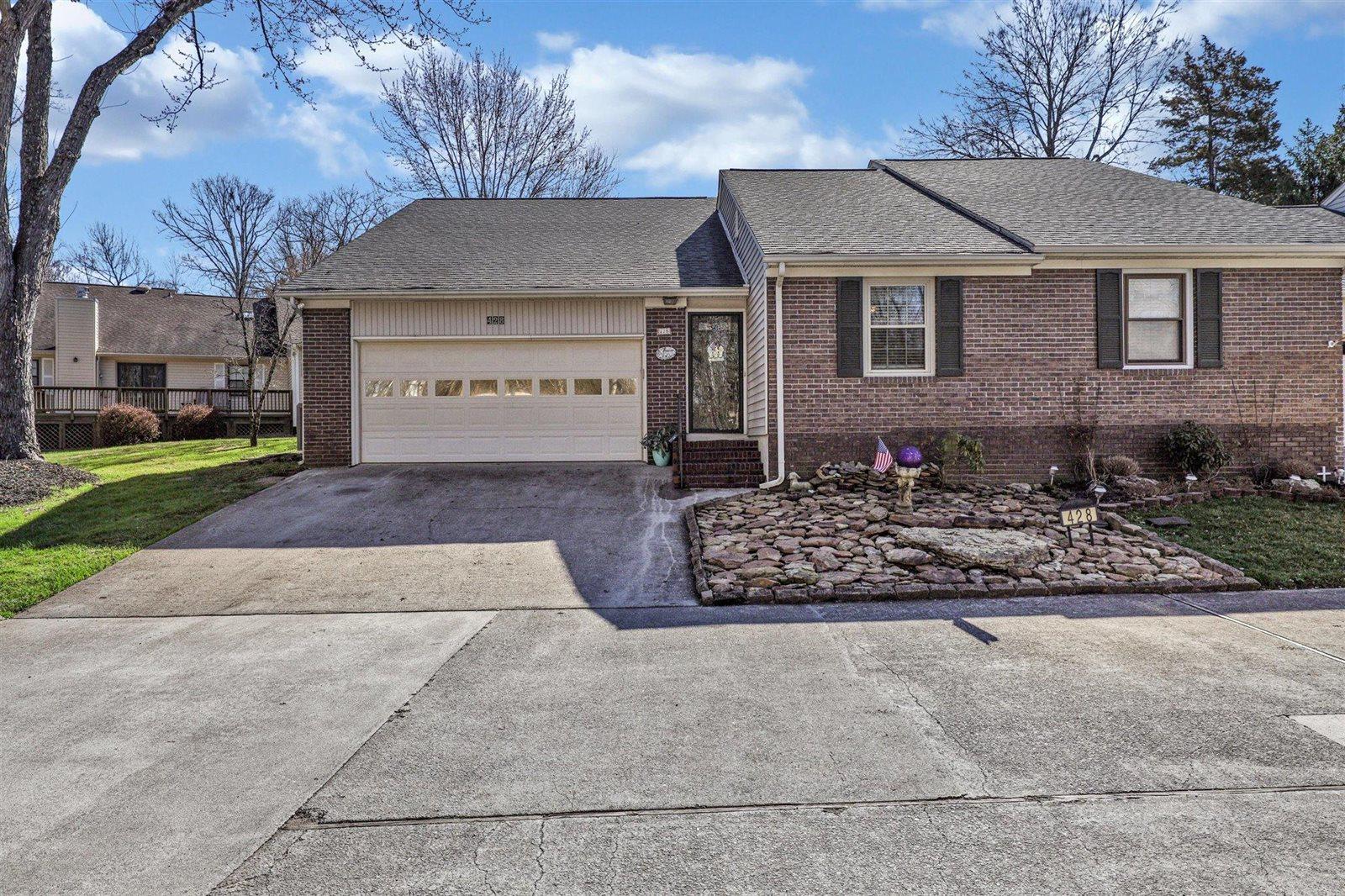 428 Amanda Circle, Knoxville, TN 37922
