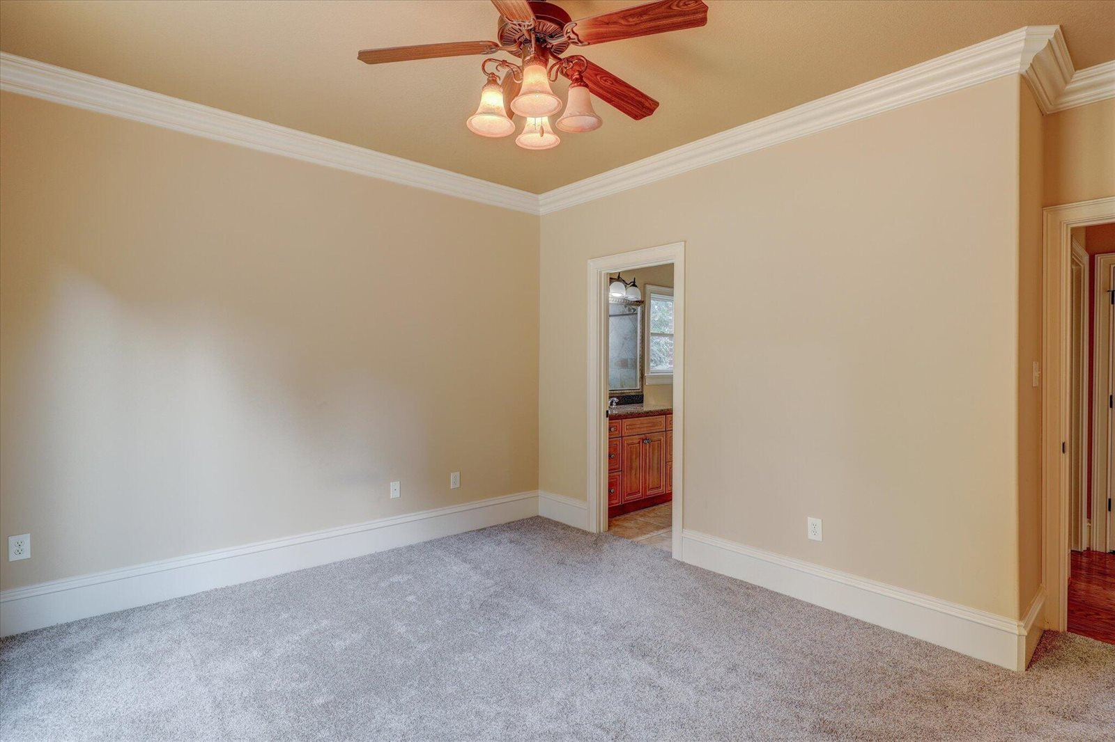 8965 Linksvue Drive Drive, Knoxville, TN 37922