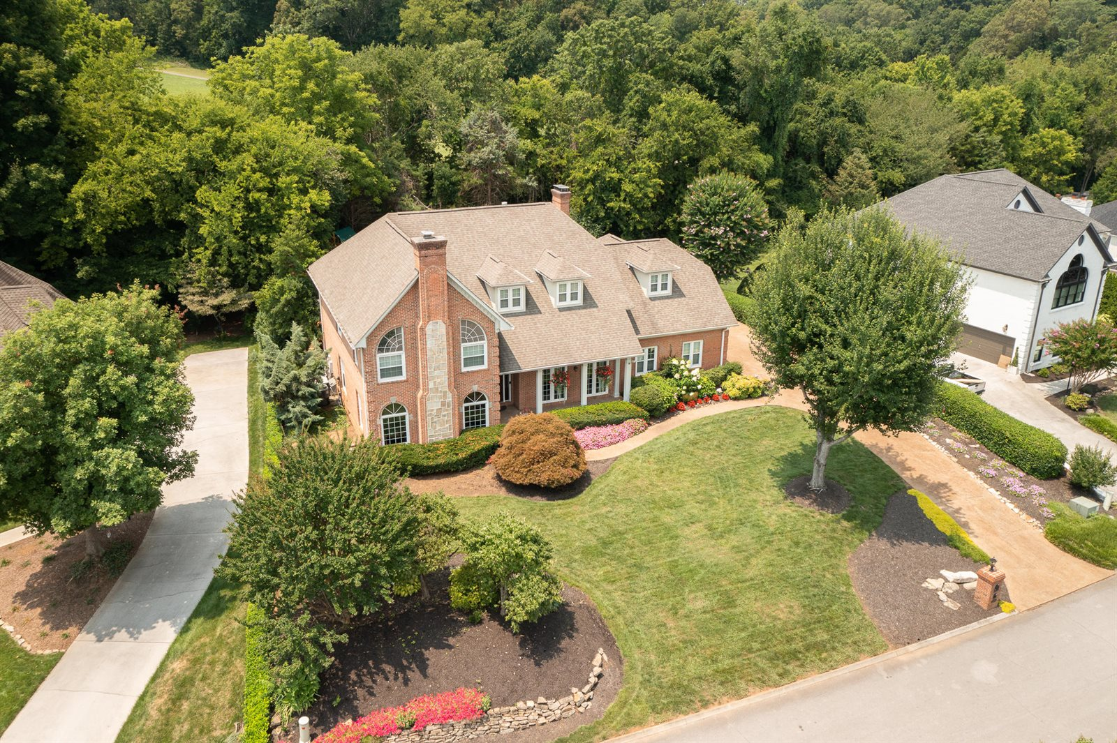 2100 River Sound Drive, Knoxville, TN 37922