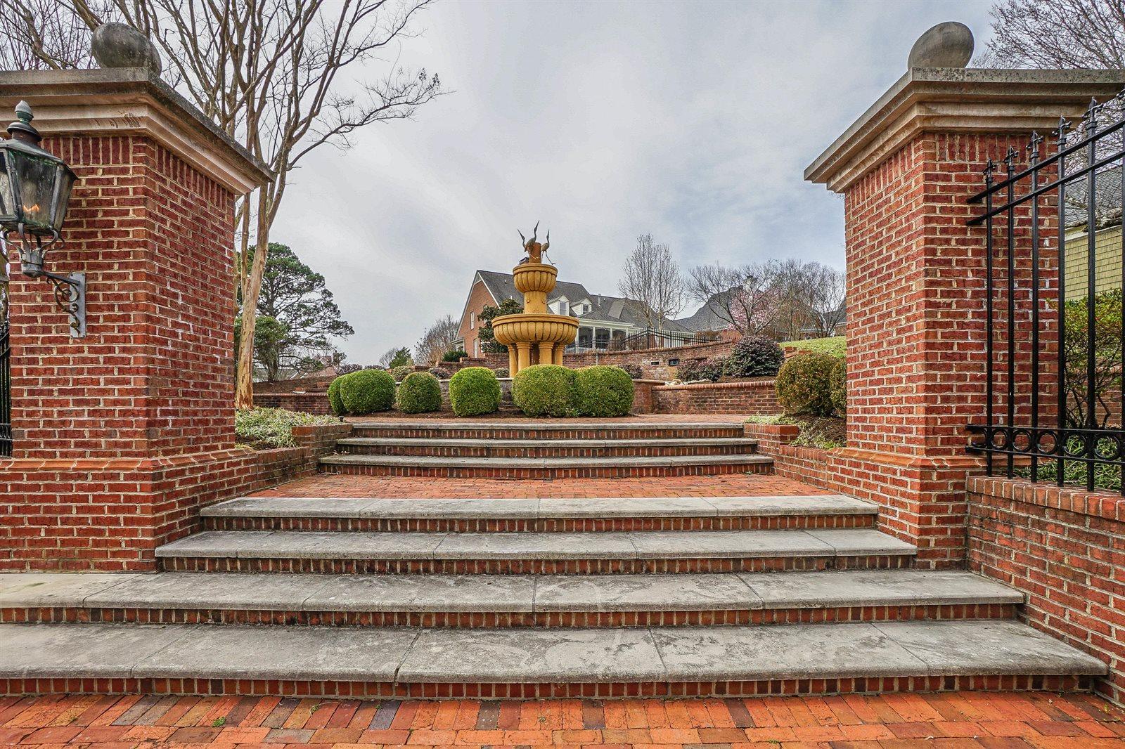 842 Prince George Parish Drive, Knoxville, TN 37934