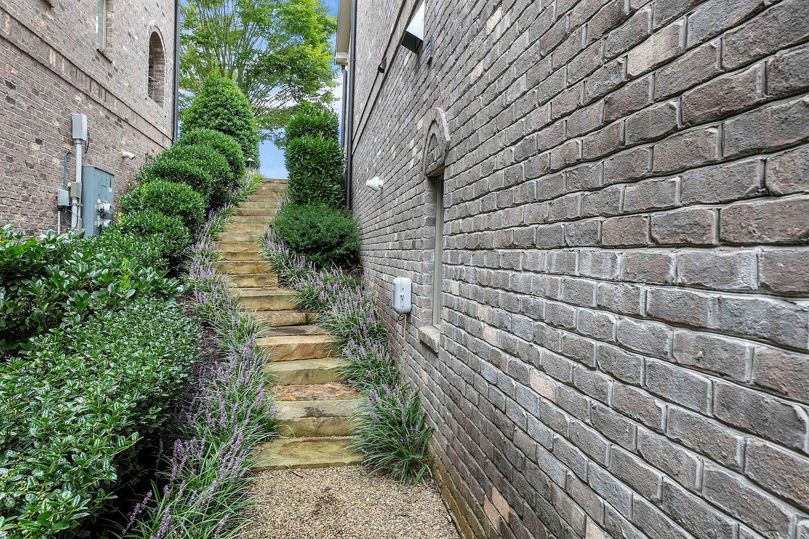 1442 Leconte Vista Way, Knoxville, TN 37919