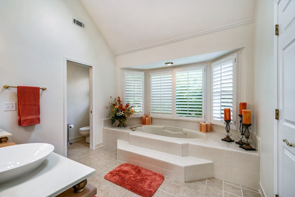 1401 Country Club Pl, Cookeville, TN 38501