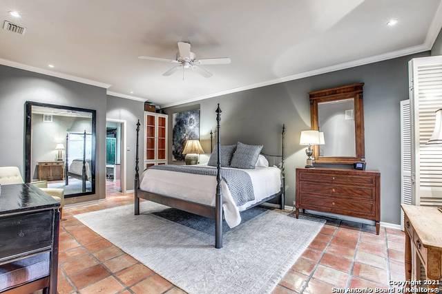 1776 Nacogdoches Rd, San Antonio, TX 78209