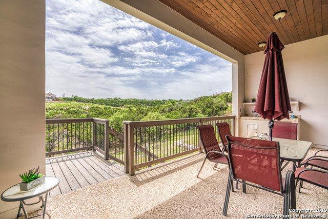 302 Majestic Bluff, San Antonio, TX 78258