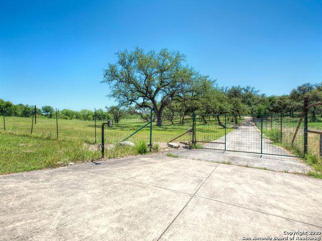 106 Powder Horn Trail, San Antonio, TX 78232