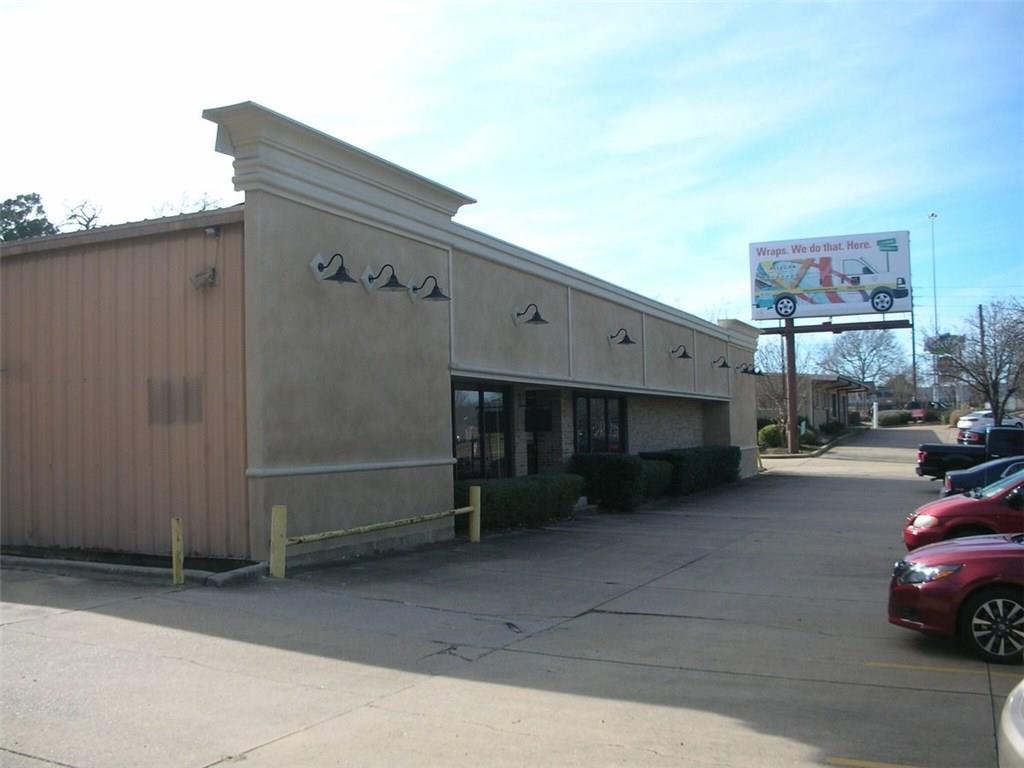 1115 Pierremont Road, Shreveport, LA 71106