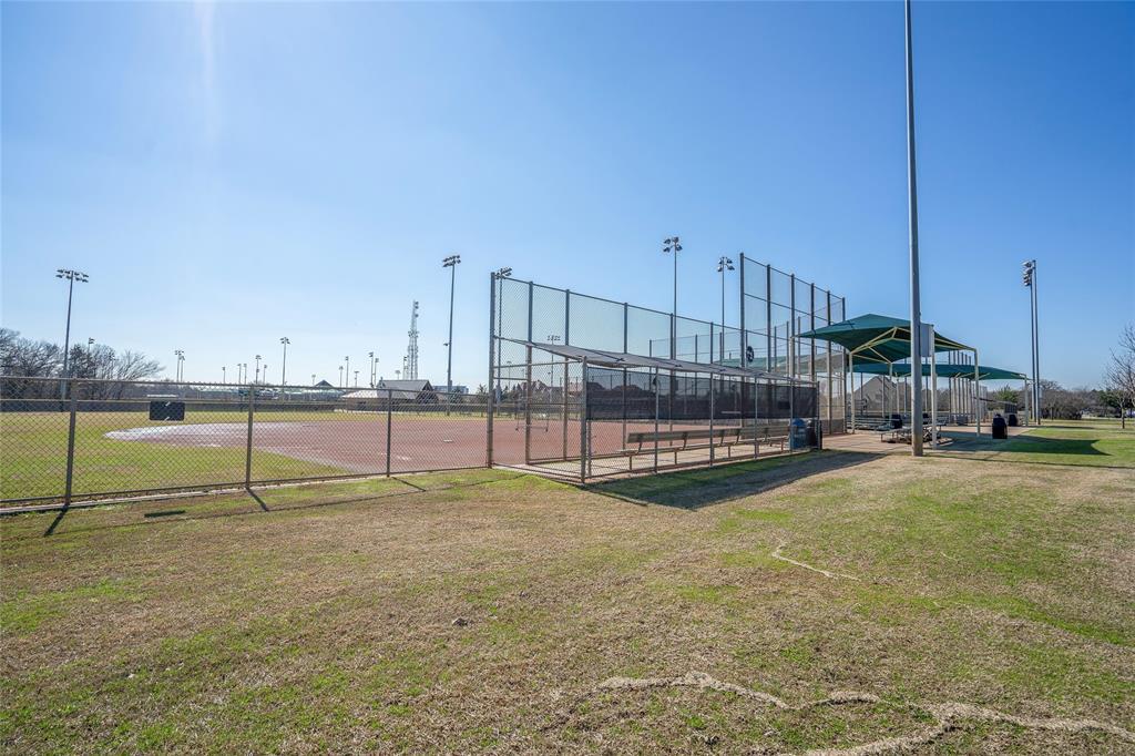 4605 Saddleback Lane, Southlake, TX 76092