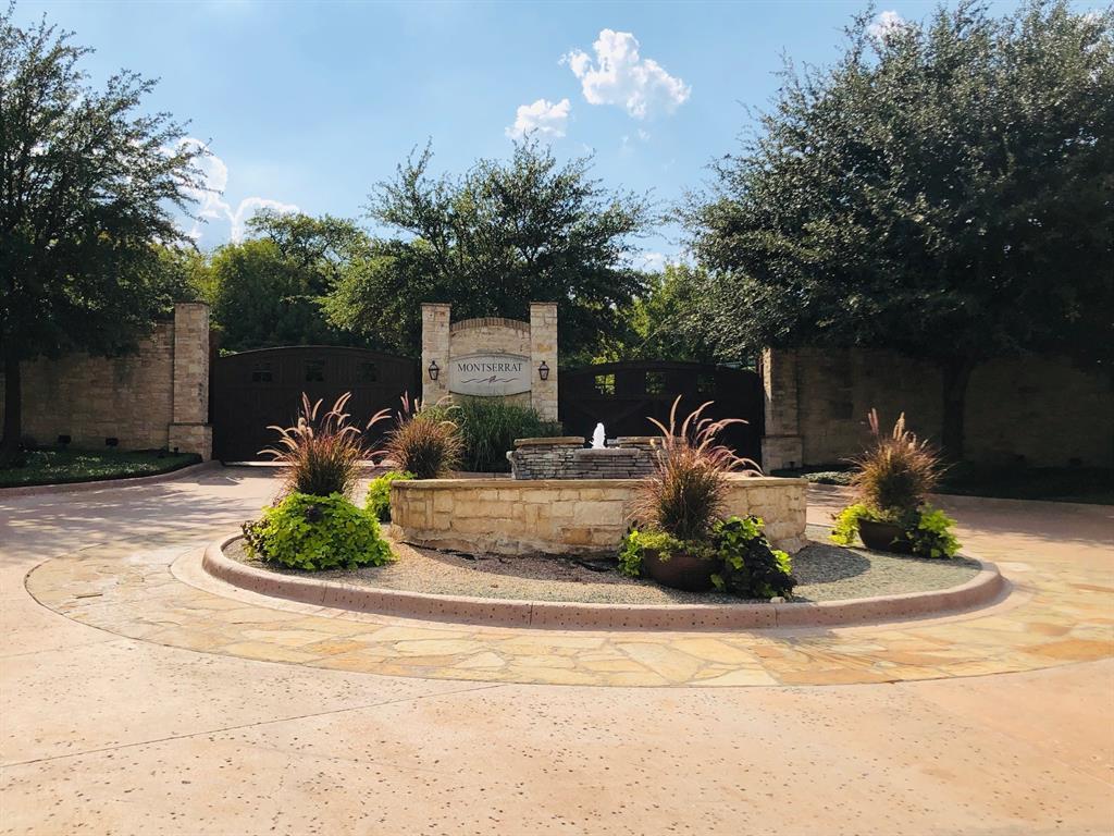 9300 Bella Terra Drive, Fort Worth, TX 76126