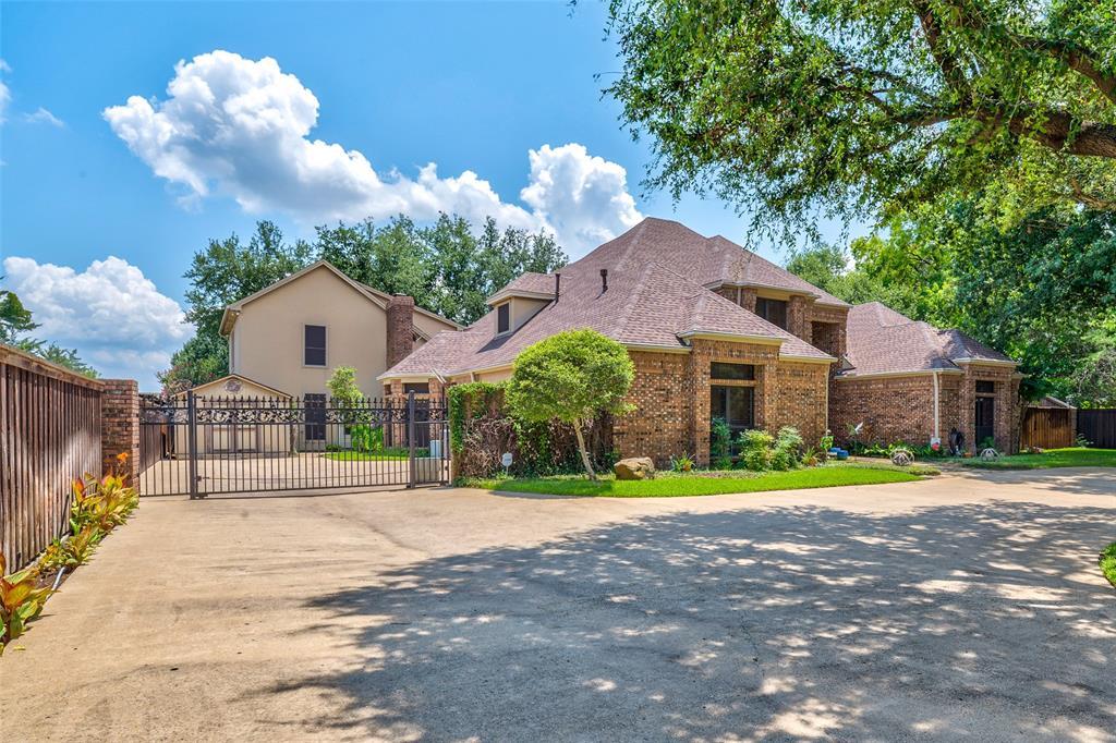 4 Heritage Court, Grand Prairie, TX 75050