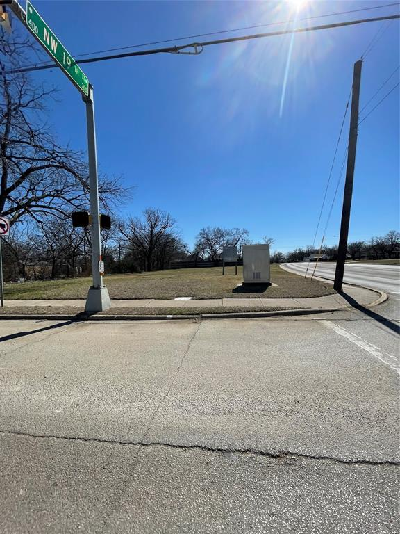 1825 Dalworth Street, Grand Prairie, TX 75050