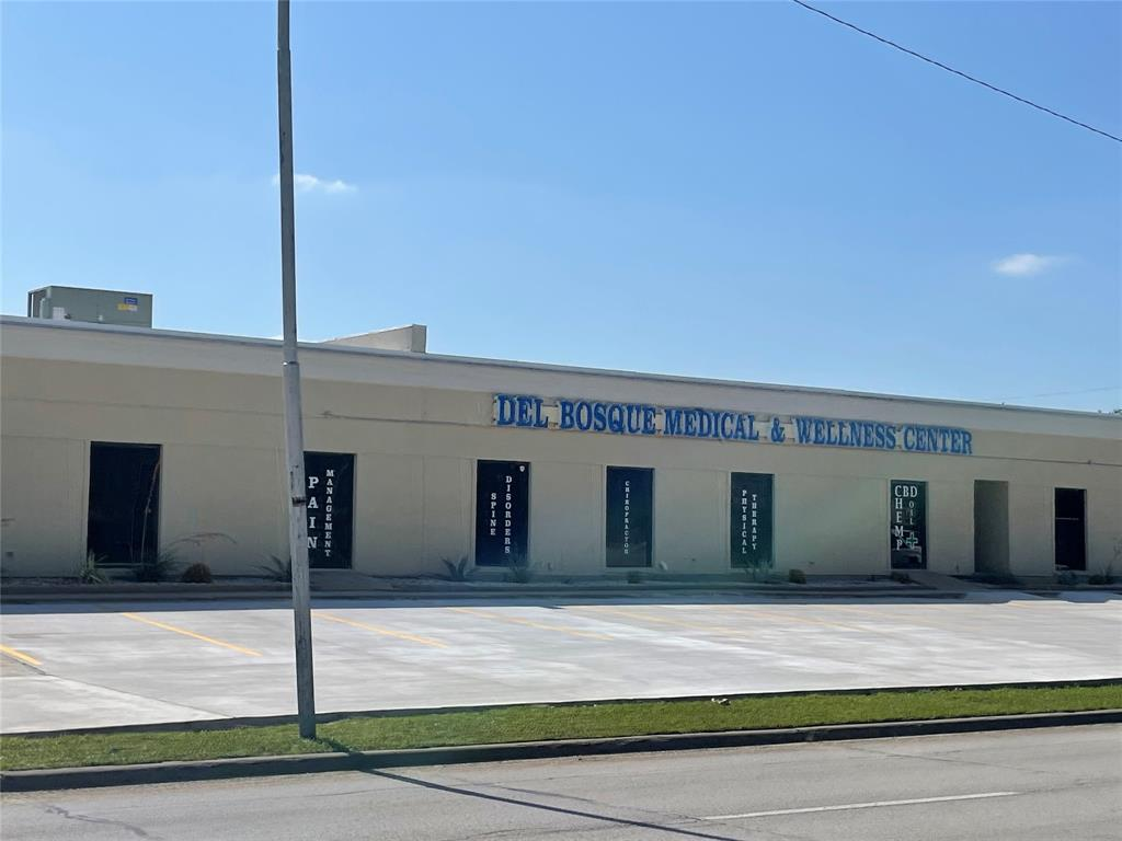 505 North Carrier Parkway, Grand Prairie, TX 75050