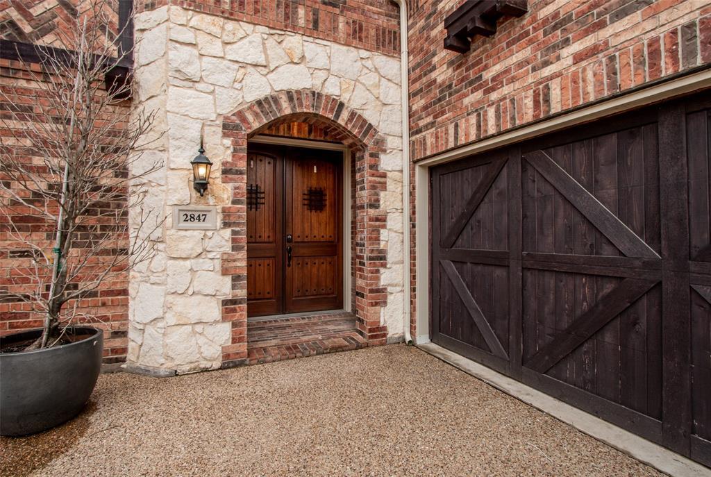 2847 Terrosa Drive, Grand Prairie, TX 75054
