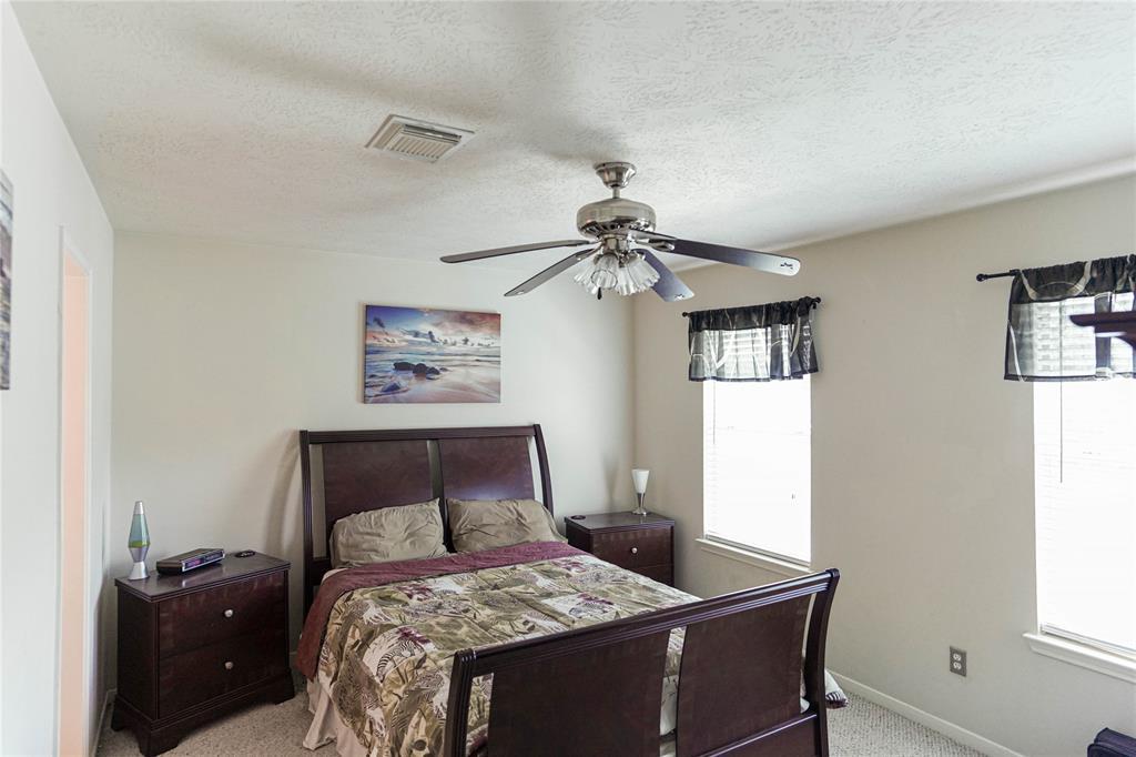 8322 Trophy Place Drive, Humble, TX 77346