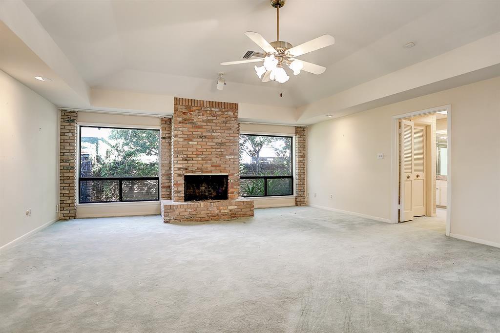 5641 Holly Springs Drive, Houston, TX 77056