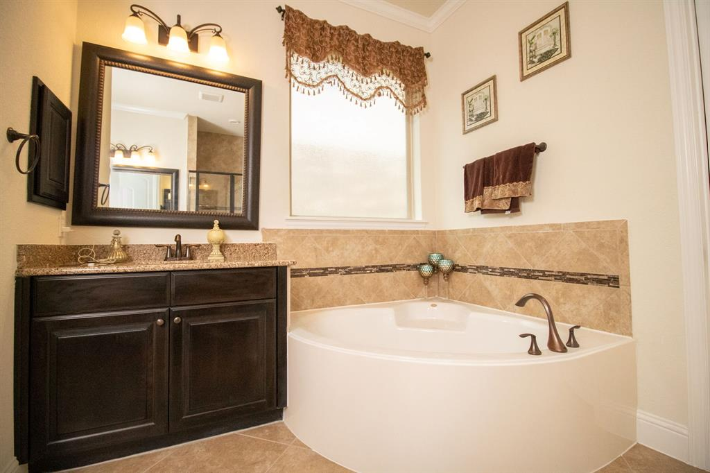 13438 Sipsey Wilderness Drive, Humble, TX 77346