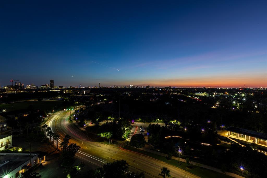 3333 Allen Parkway, #1801, Houston, TX 77019