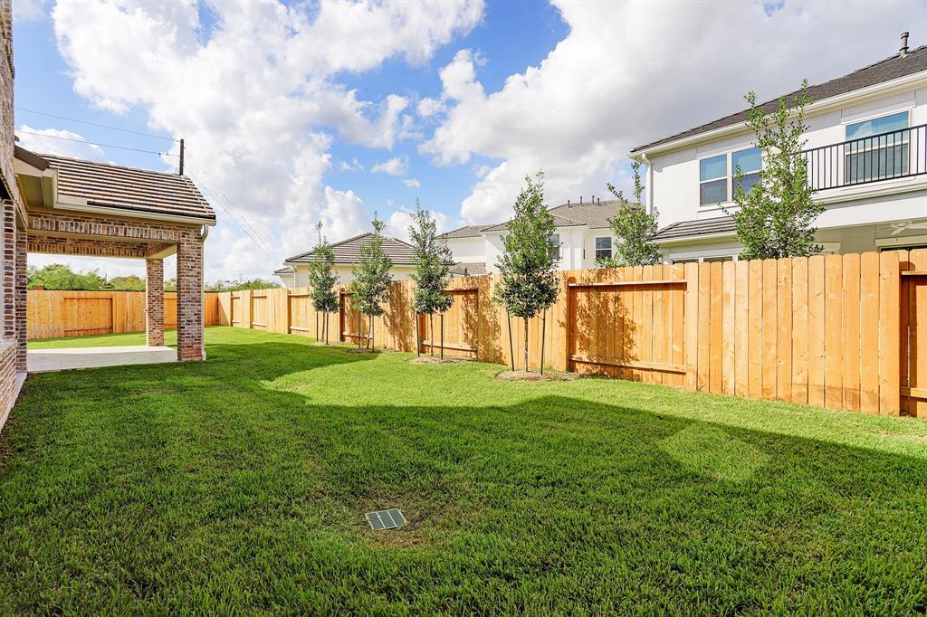 13706 Northwood Meadow Circle, Houston, TX 77077