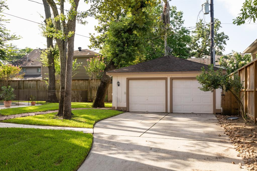 14115 River Forest Drive, Houston, TX 77079