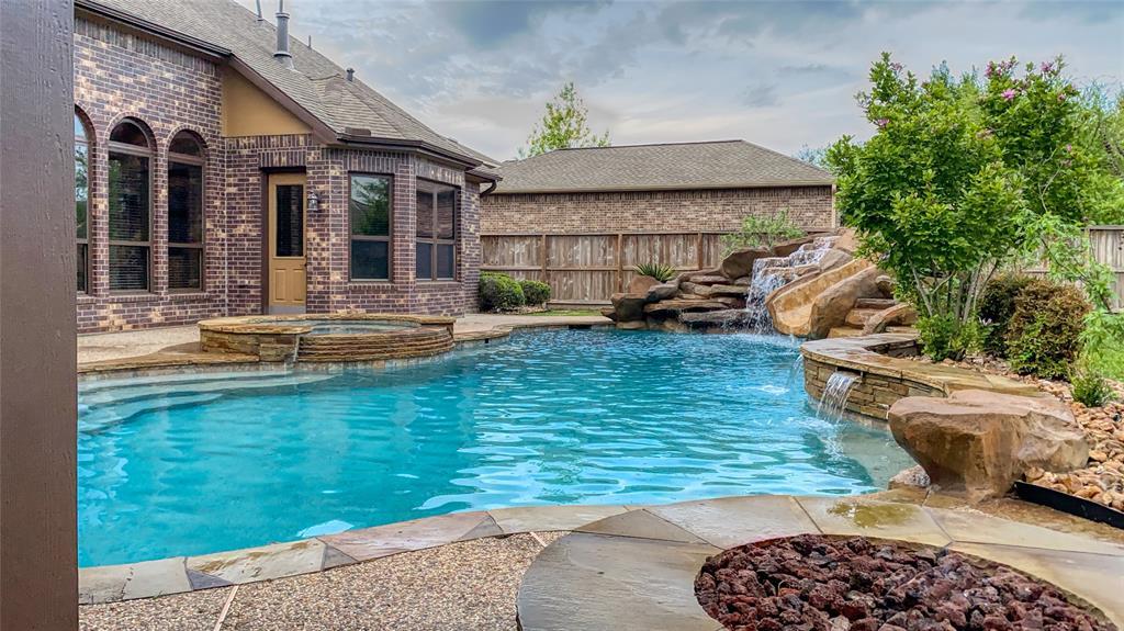 17802 Refuge Lake Drive, Cypress, TX 77433