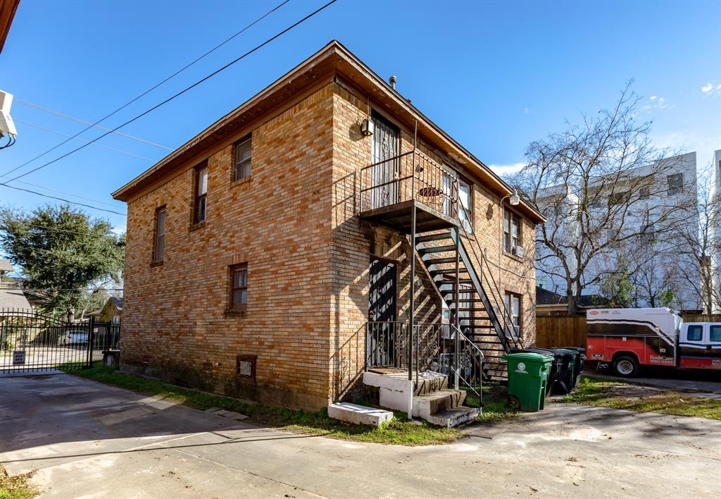 4320 Jack Street, Houston, TX 77006