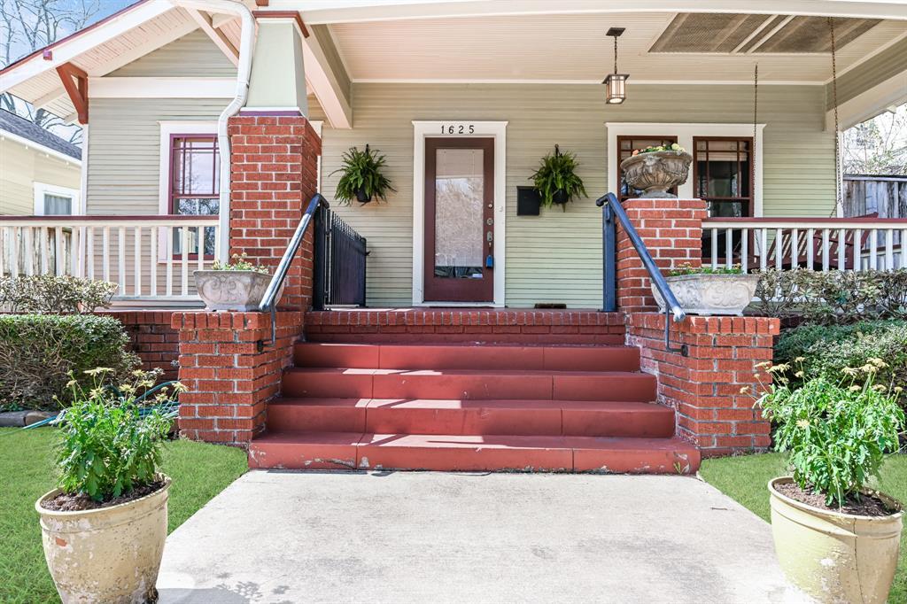 1625 Harvard Street, Houston, TX 77008
