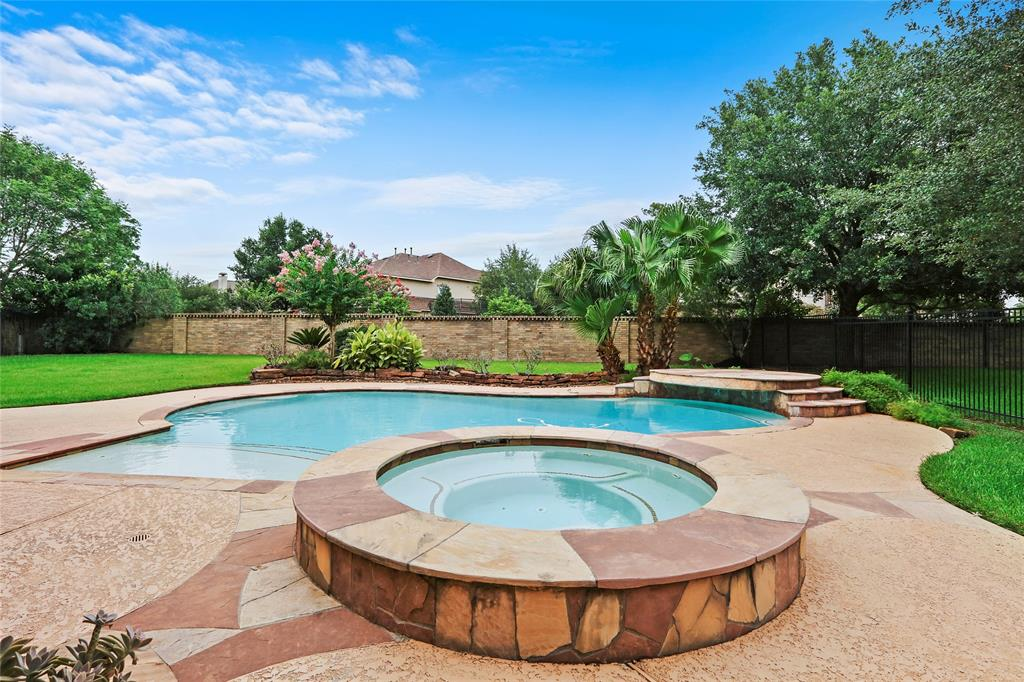 8107 Machaelas Way, Humble, TX 77396