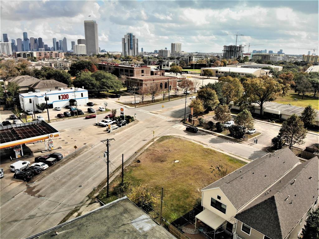 4810 Dickson Street, Houston, TX 77007
