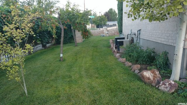 9787 South Garden Glen Rd, South Jordan, UT 84095