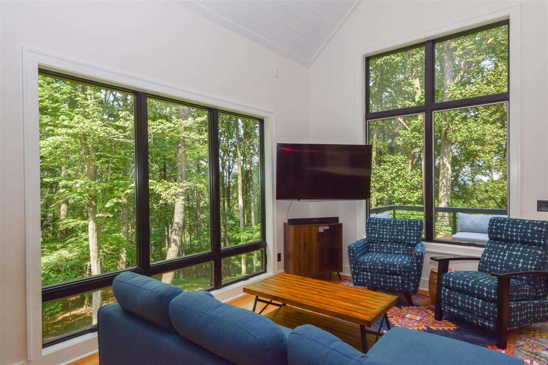 6980 Hidden Woods Dr, Roanoke, VA 24018