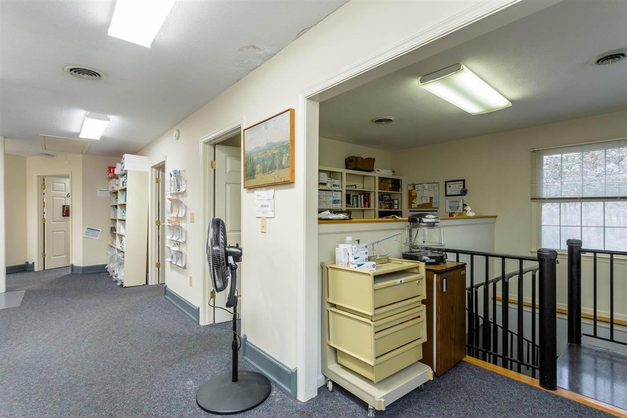 106 Mactanly Pl, Staunton, VA 24401