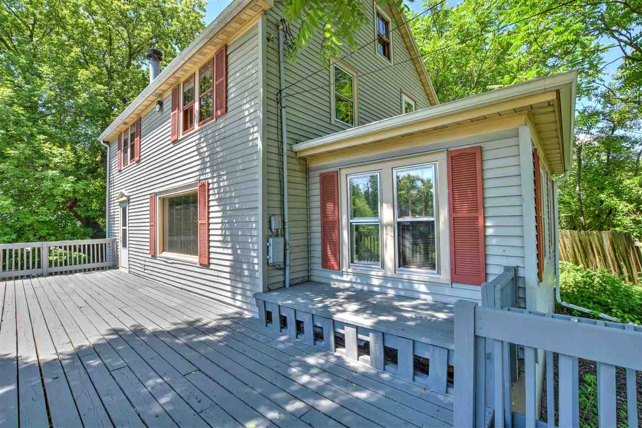 3046 Commercial Ave, Madison, WI 53704