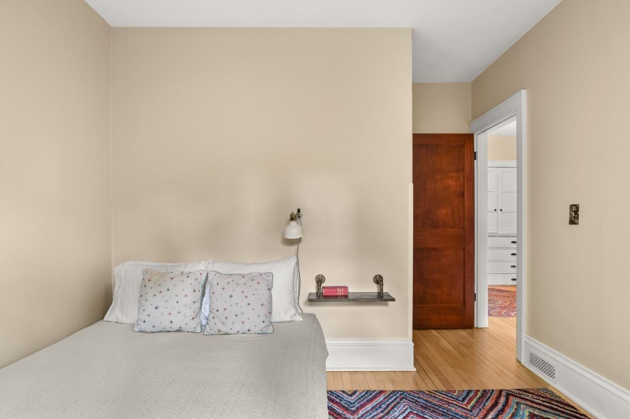 1811 Jefferson St, Madison, WI 53711