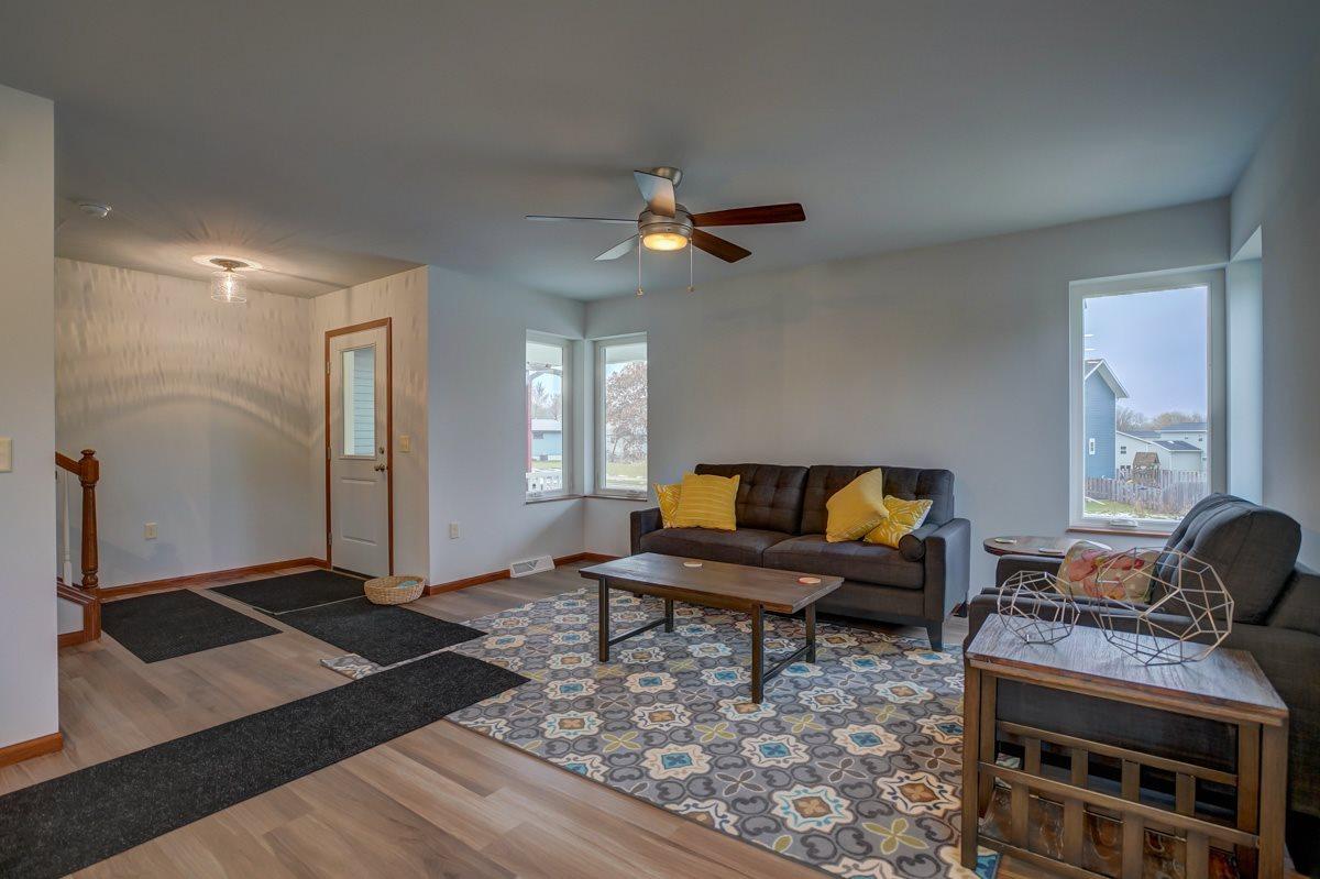 2408 Dunns Marsh Terr, Madison, WI 53711