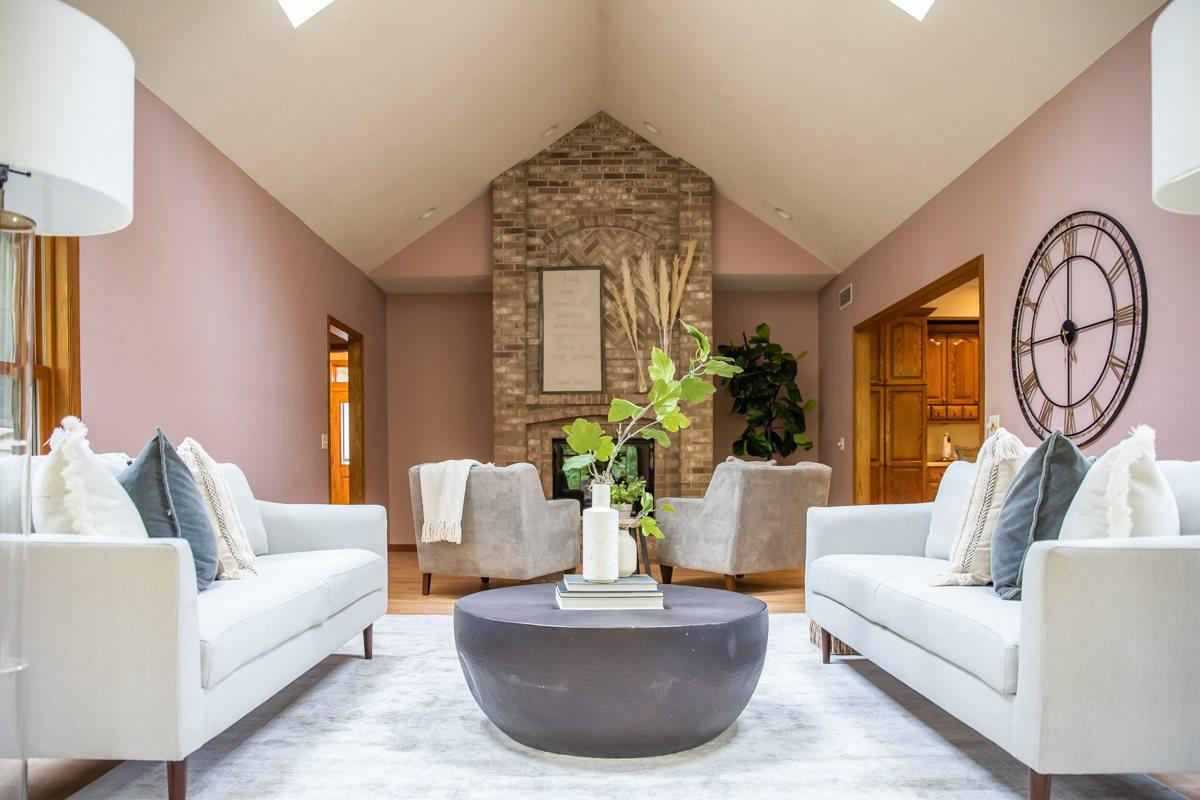 W5302 Bark River Rd, Fort Atkinson, WI 53538