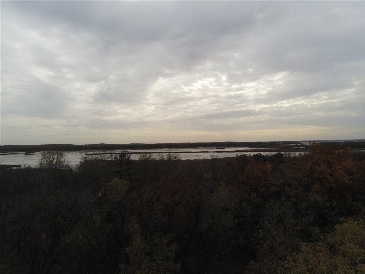 W7501 N Shore Rd, Fort Atkinson, WI 53538