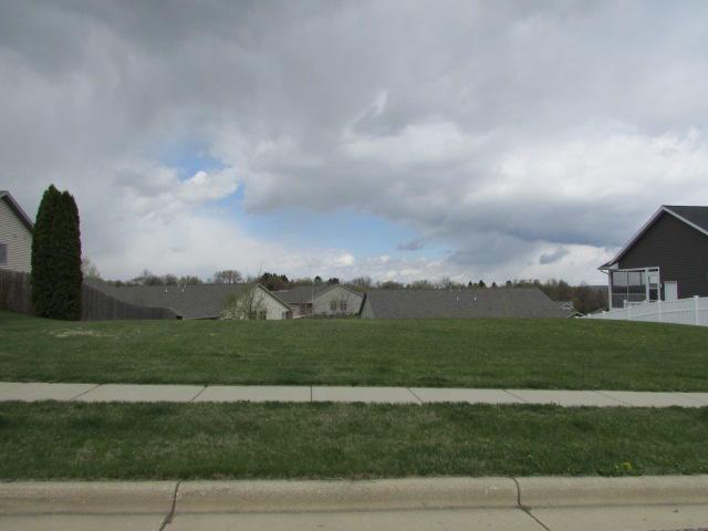 217 Wollet Dr, Fort Atkinson, WI 53538