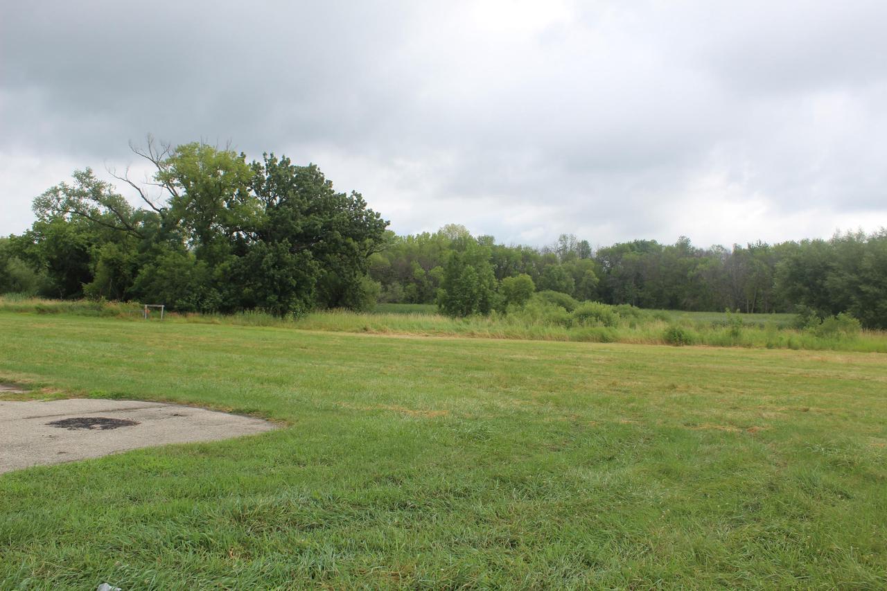 W6783 Westphal Ln, Fort Atkinson, WI 53538
