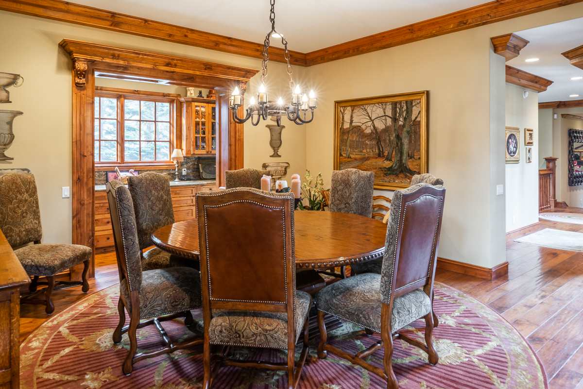 360 Le Verne Street, Mammoth Lakes, CA 93546