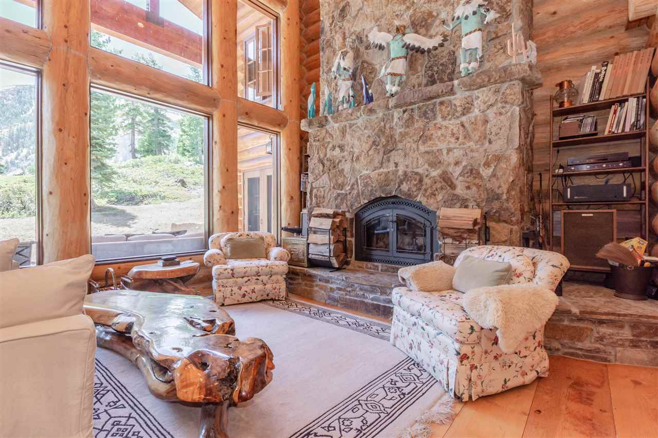 340 Le Verne Street, Mammoth Lakes, CA 93546