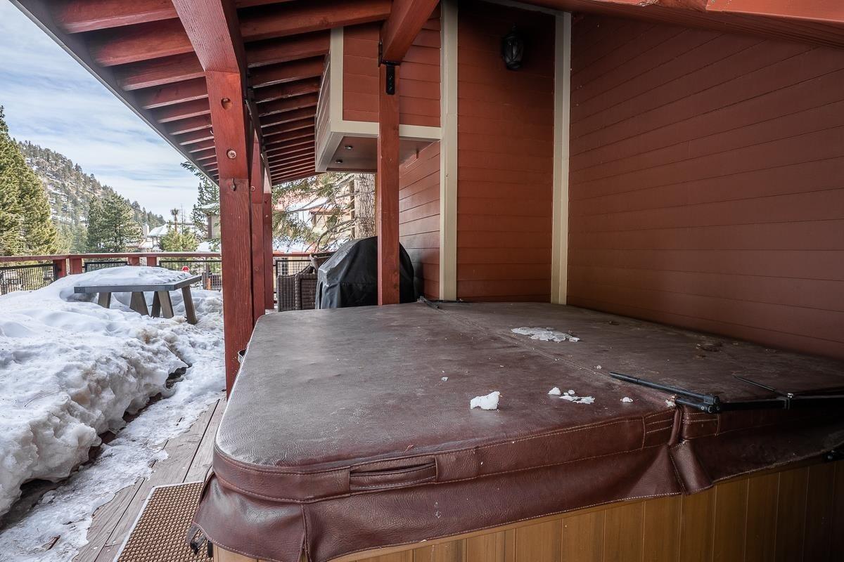 155 Hillside Drive, Mammoth Lakes, CA 93546