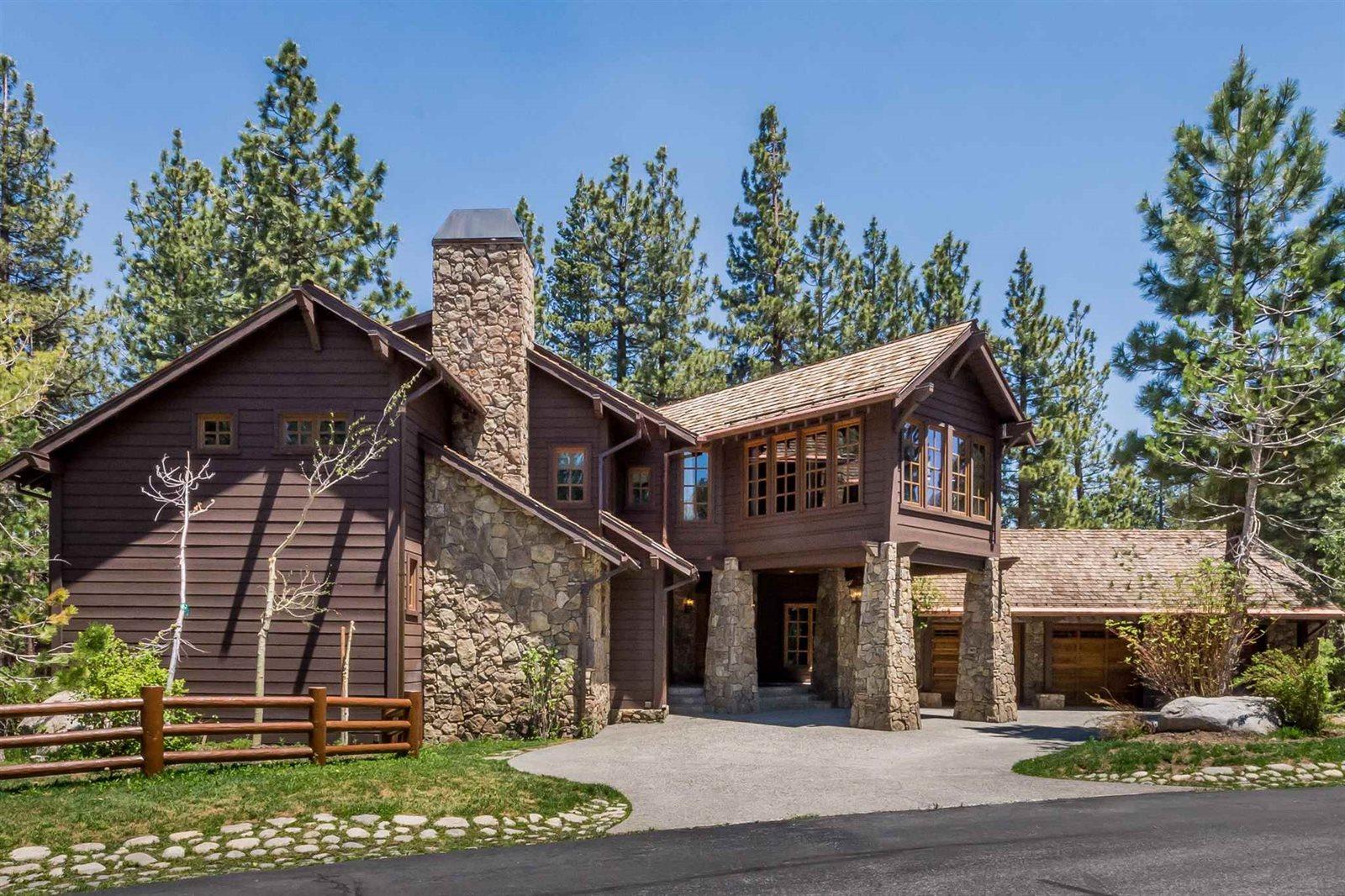 201 Starwood Dr, Mammoth Lakes, CA 93546