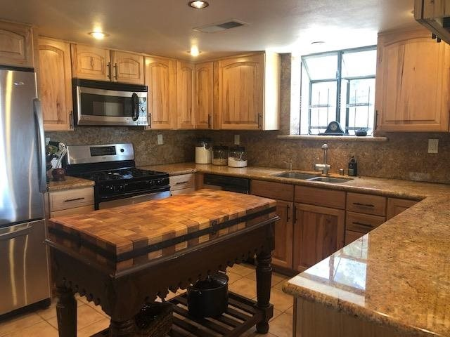 1170 Majestic Pines Dr, Mammoth Lakes, CA 93546
